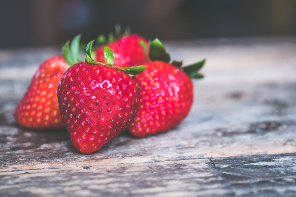 free photo of strawberry    fruit