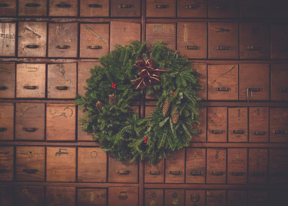 brown wooden box green wreath christmas day decor