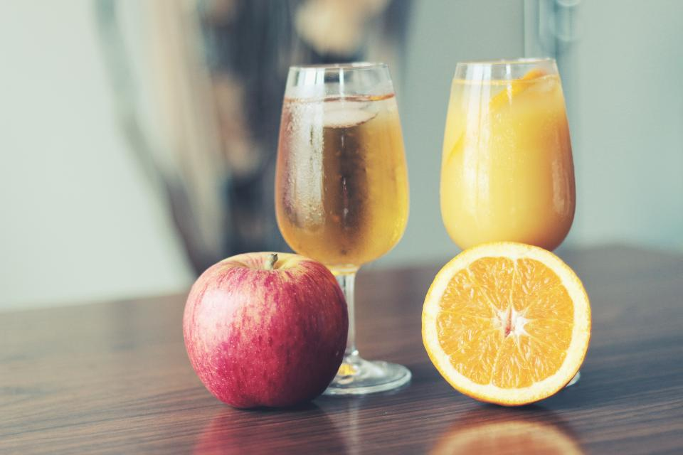 apple orange juice glass drinks healthy breakfast fruits