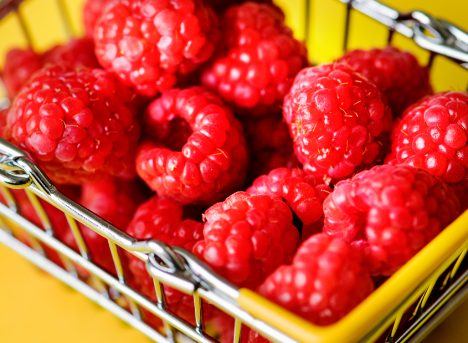 basket berry breakfast bright bunch cart close up close-up delicious dessert diet drink food fresh frozen fruit gourmet health healthy ingredient juicy mini natural organic raspberry raw red ripe round sale see