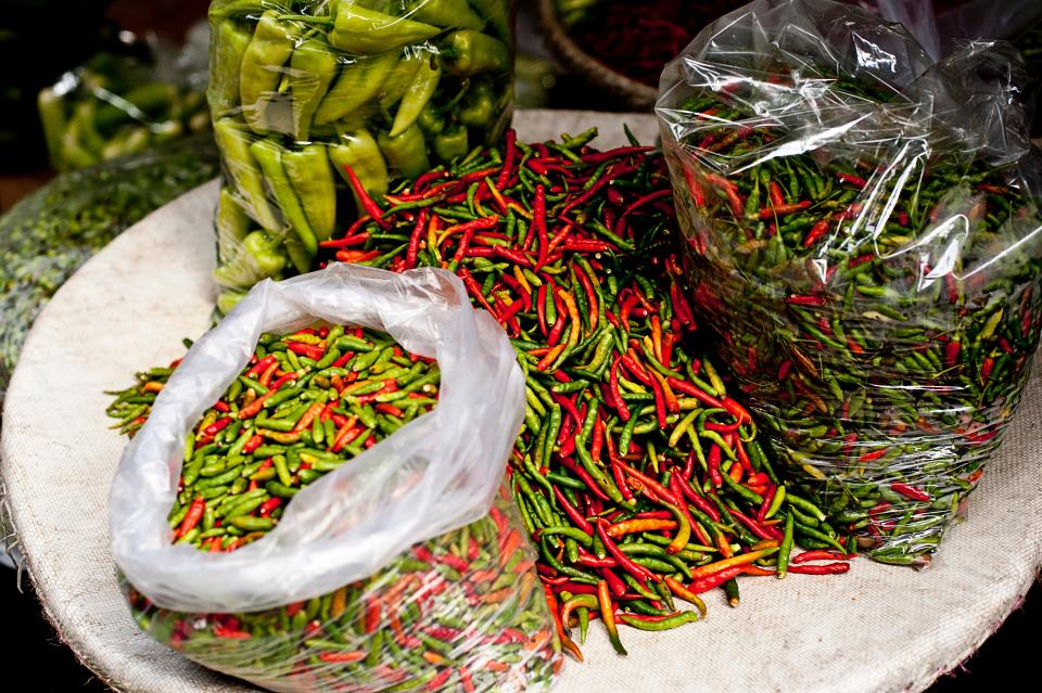 chili pepper green red farm garden spicy market harvest