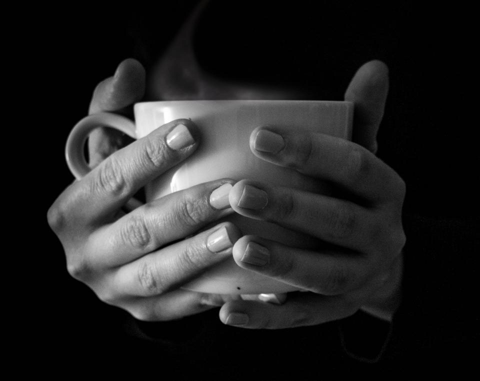 cup mug coffee tea hot steam smoke hands black and white