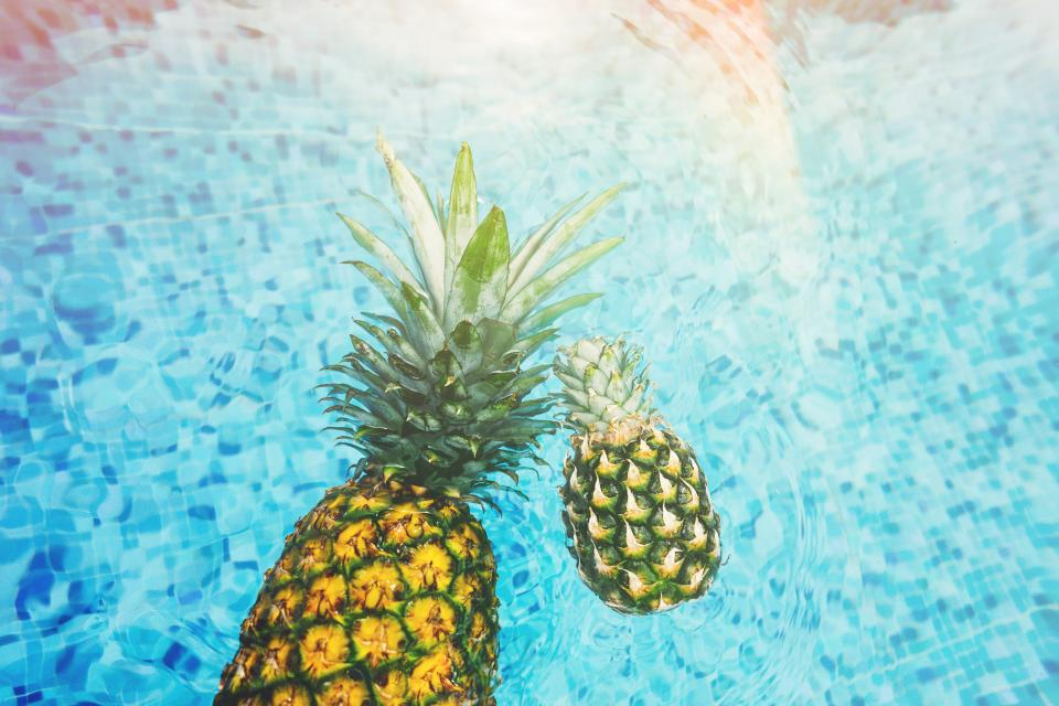 pineapple dessert appetizer fruit juice crop water pool swim