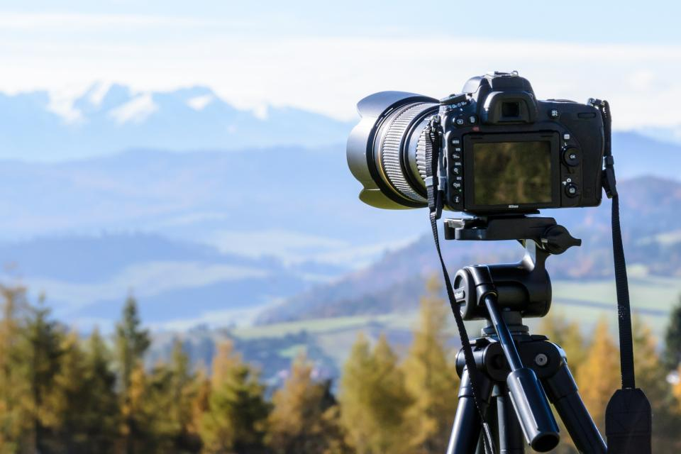 camera lens dslr photography black tripad nature view landscape blur