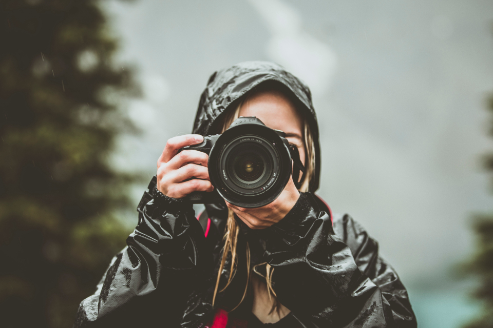 camera girl mountains tree nature photography photo photograph blonde woman cute rain mountain alberta banff canon photographer coat jacket lens