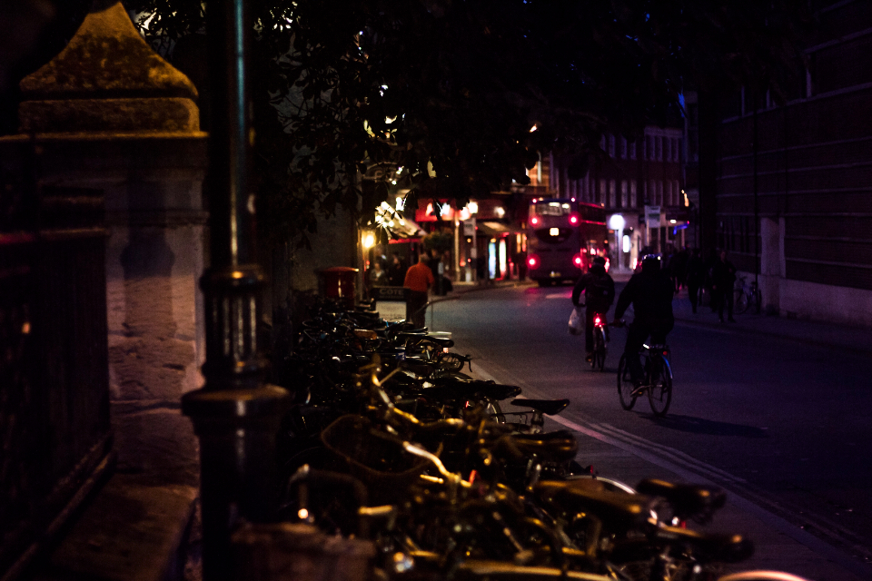 oxford night street street light bikes bicycles