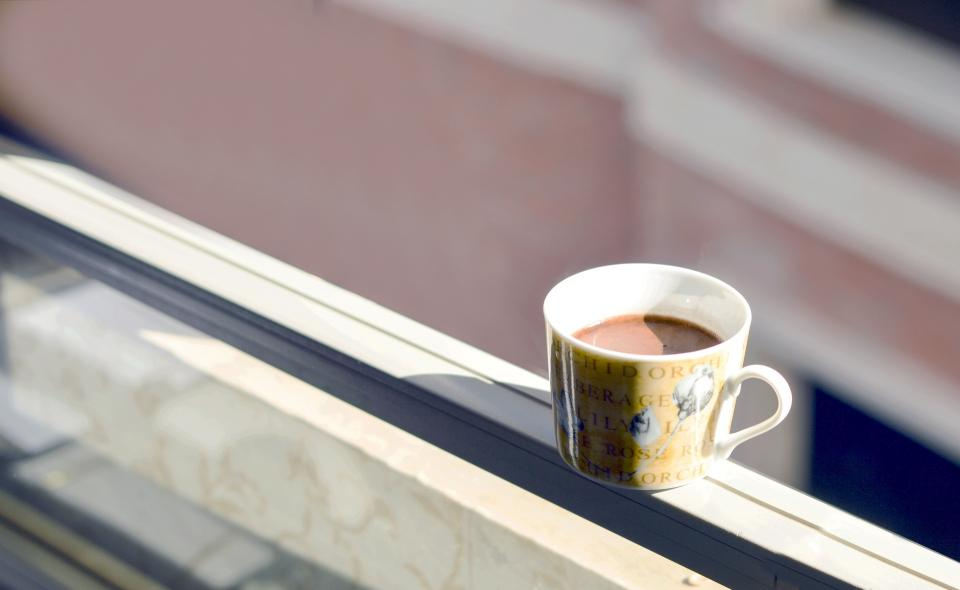 cup mug hot drink chocolate window sunny day morning