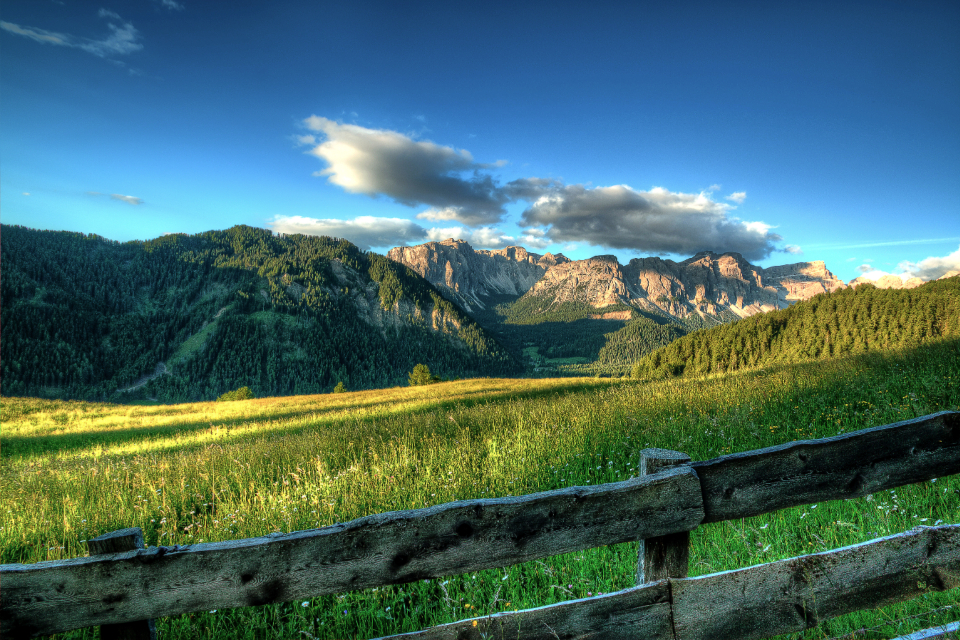 summer meadow landscape mountains dolomites sky hd wallpaper desktop wallpaper sunshine clouds fence field