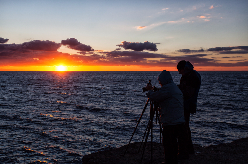 Sunset Photographer Sea Clouds sky photographer people