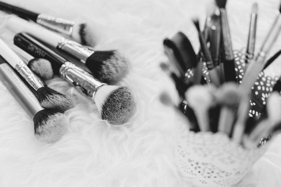 makeup brush things kit beauty cosmetics blur black and white