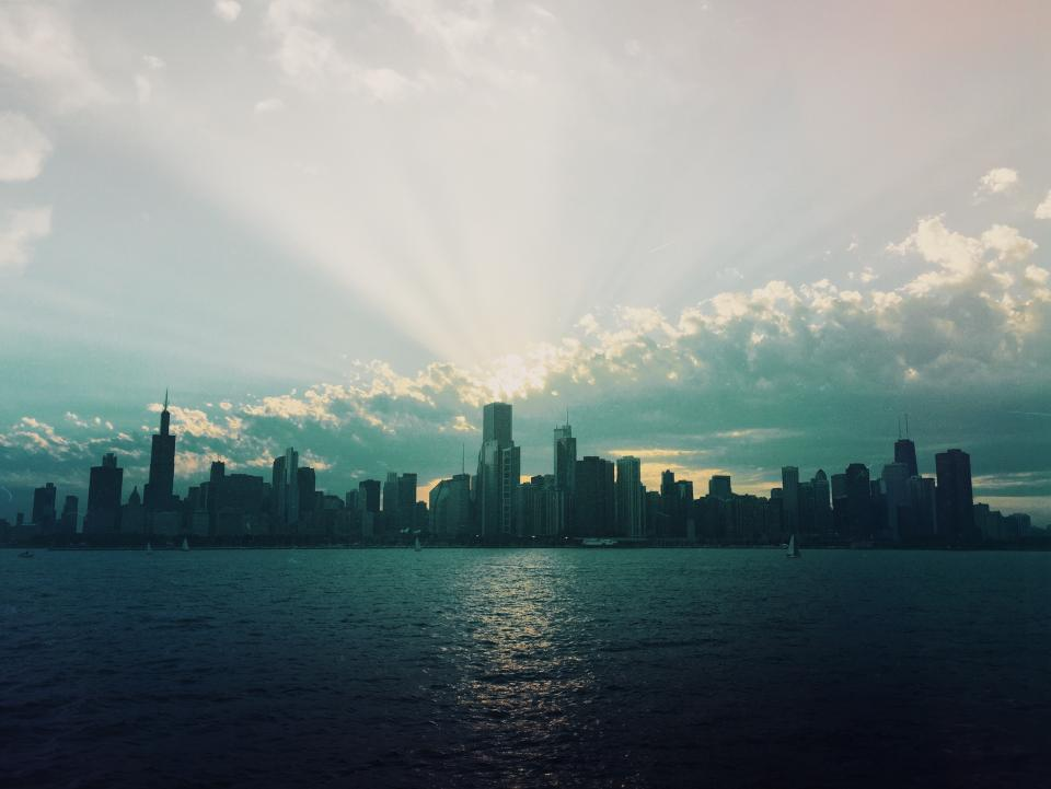 Chicago cityskape skyline buildings architecture towers high rises skyscrapers sunset sky clouds water urban