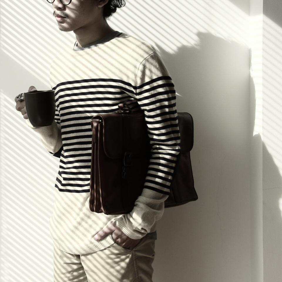 people guy black and white lifestyle model bag coffee shadow