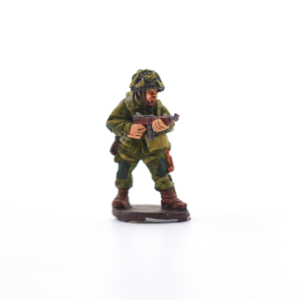 miniature toy game figure armed infantry military model battle camouflage miniatures attack strategy painted soldier figurine