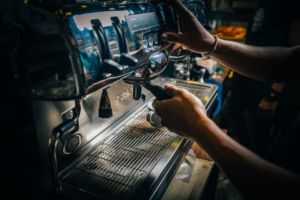 barista coffee machine coffee shop hands cappucino espresso latte food drink close-up