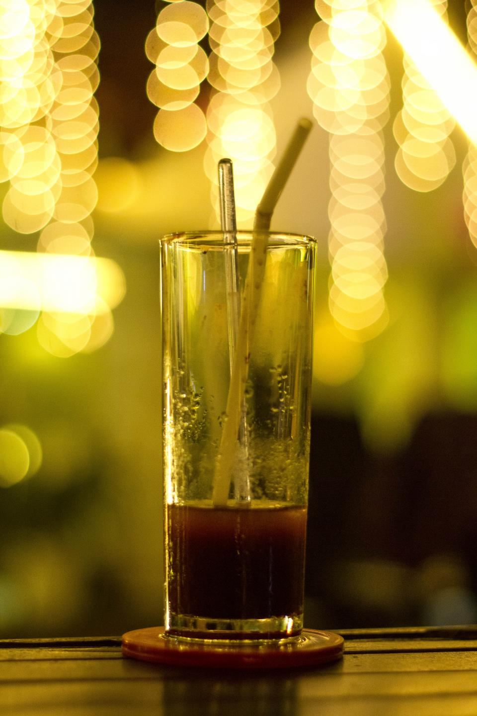 drink juice bar lights bokeh