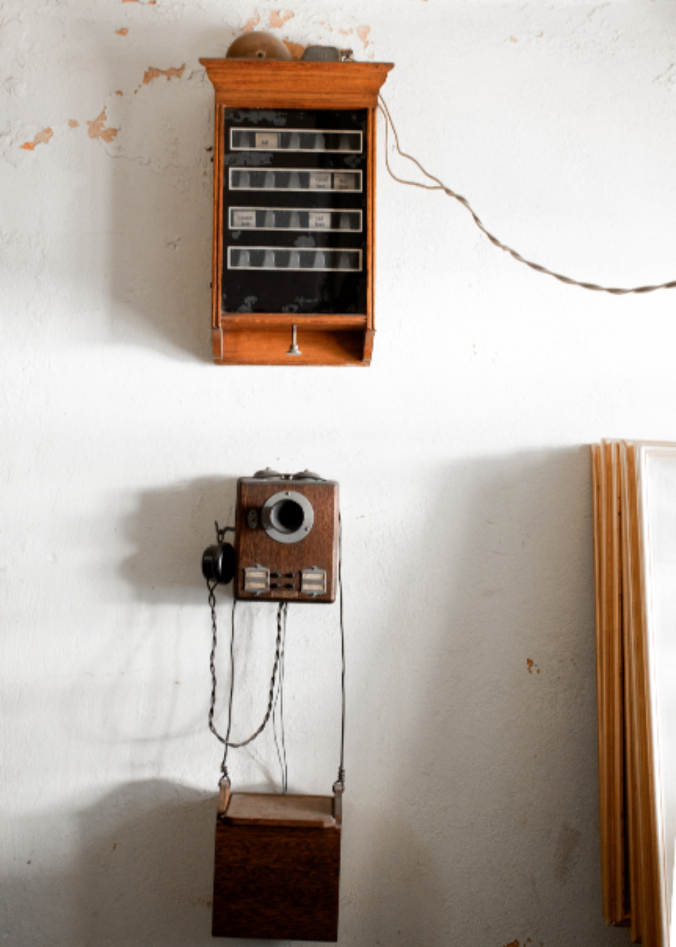 antique telephone wall