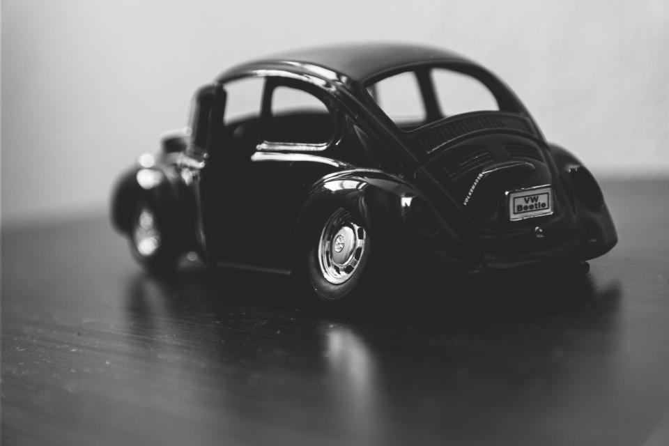 black and white blur car