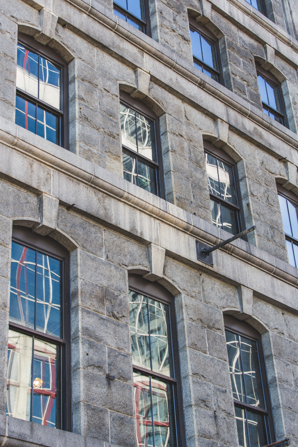 building detail windows