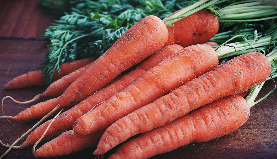 carrot vegetables root vegetable