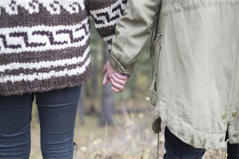couple love holding hands