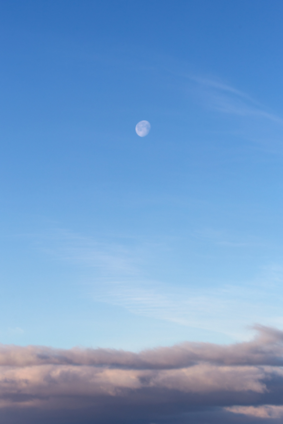 daytime moon clouds