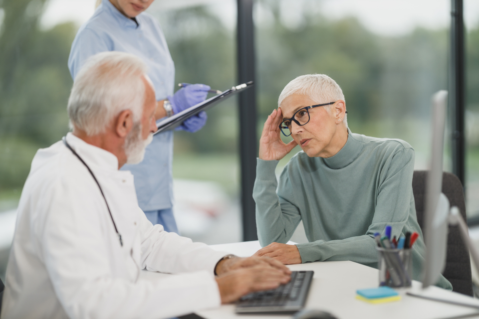 Free stock photo of doctor patient