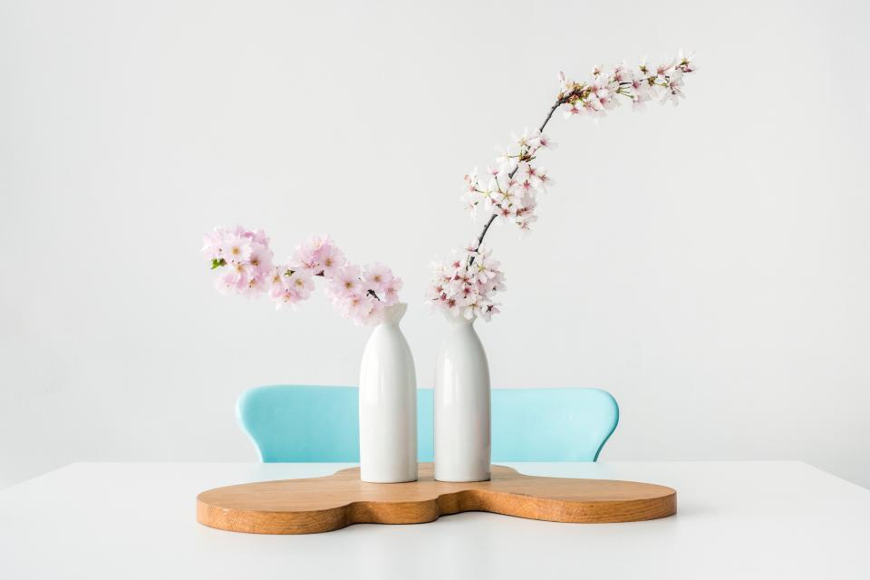 flower vase table