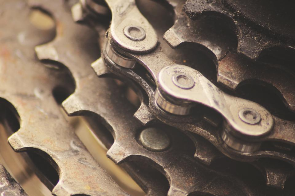gears chains bike