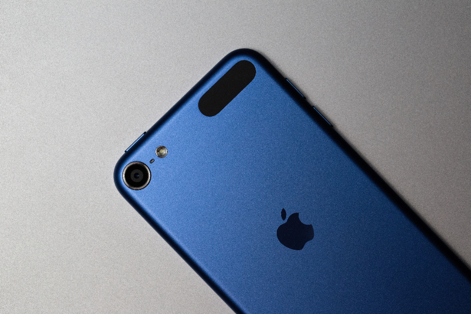 Free stock photo of iphone blue