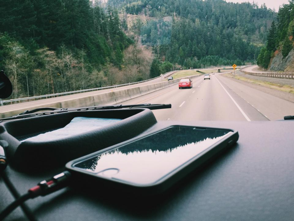 Free stock photo of iphone car