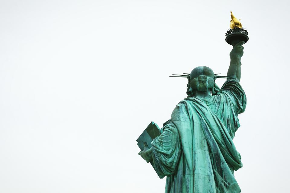 liberty statue sculpture
