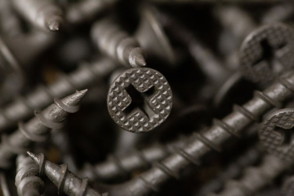 macro screws carpentry
