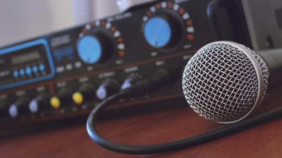 microphone music amplifier