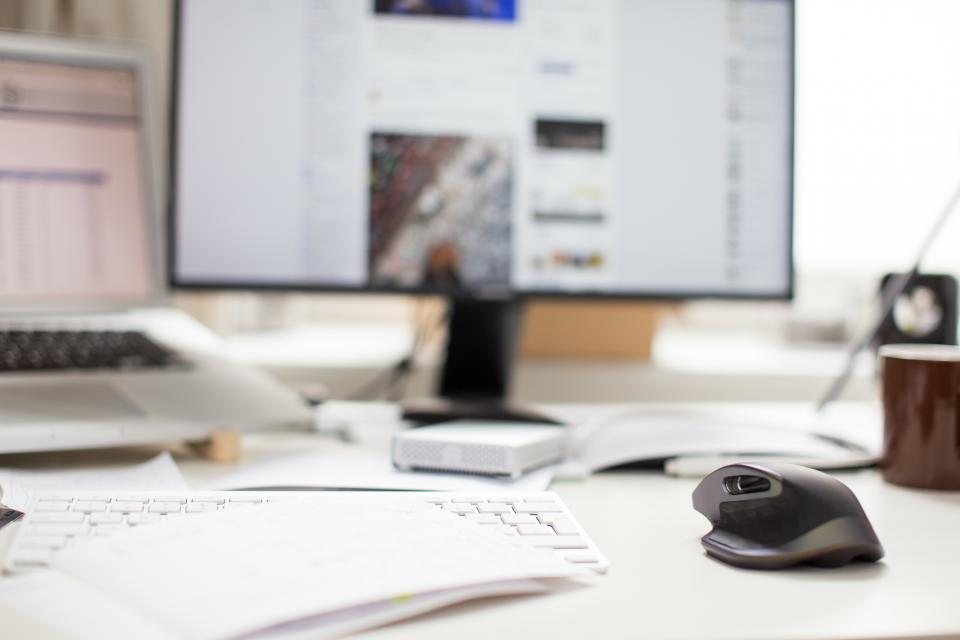 Free stock photo of monitor mouse