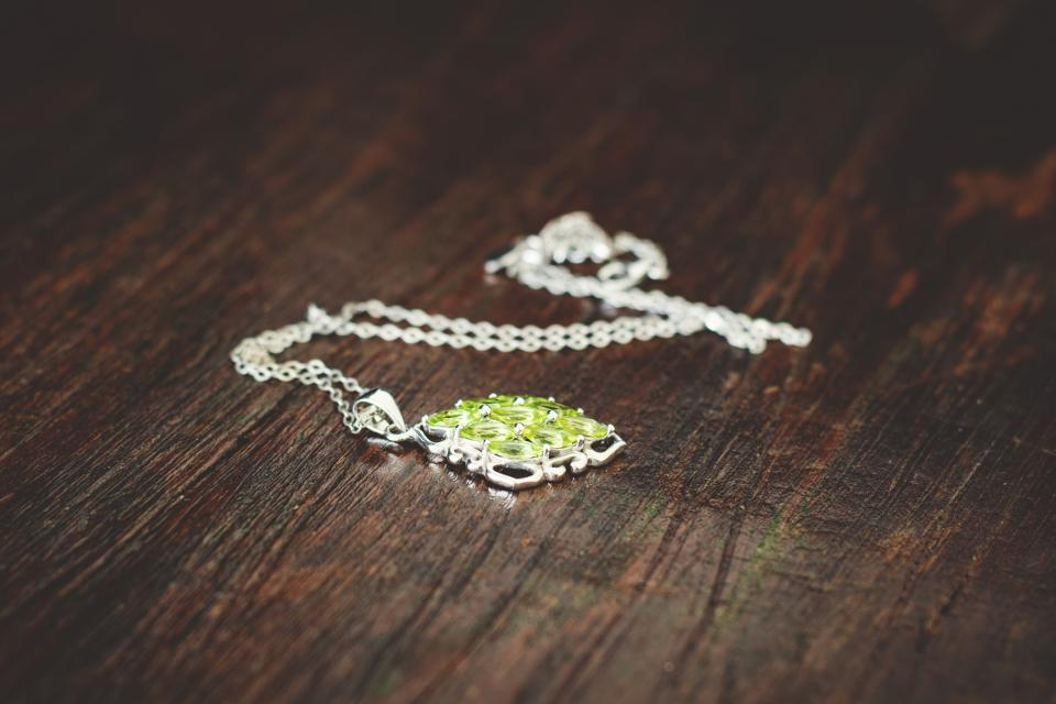 Free stock photo of necklace chain