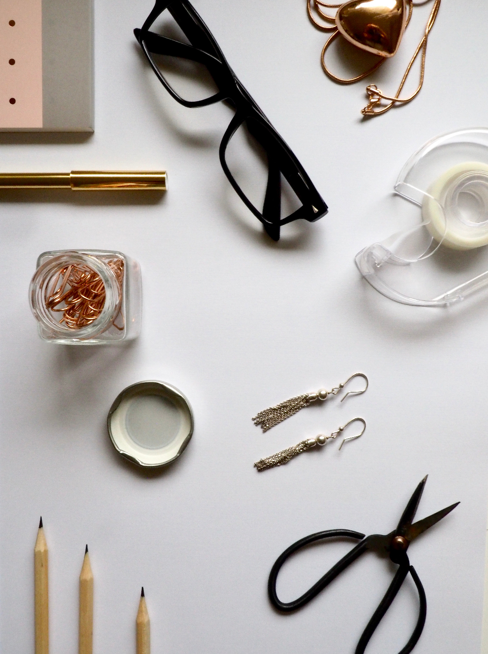 Free stock photo of office essentials