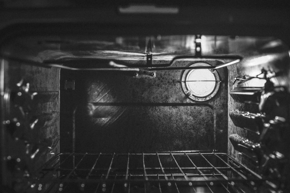 oven baking kitchen