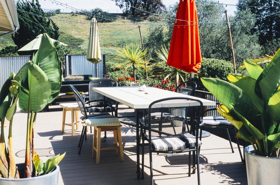 patio furniture umbrellas