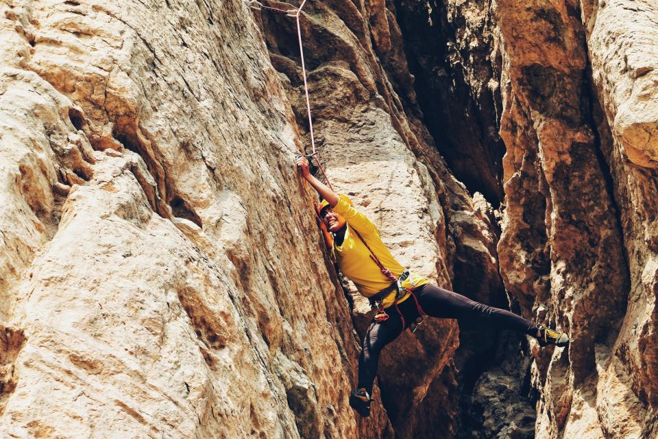 rappelling rocks hill