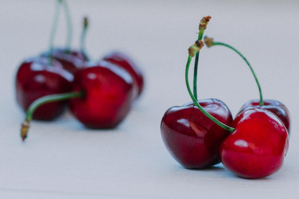 red cherries fruits