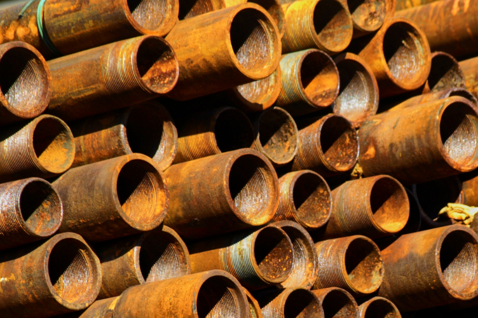 rusted pipes background