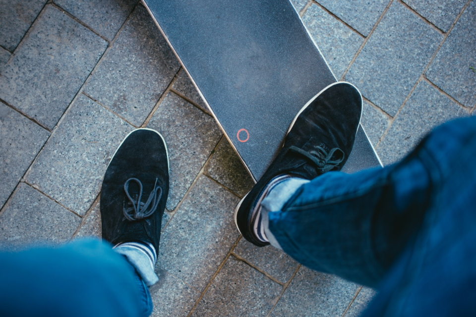 skateboard feet deck