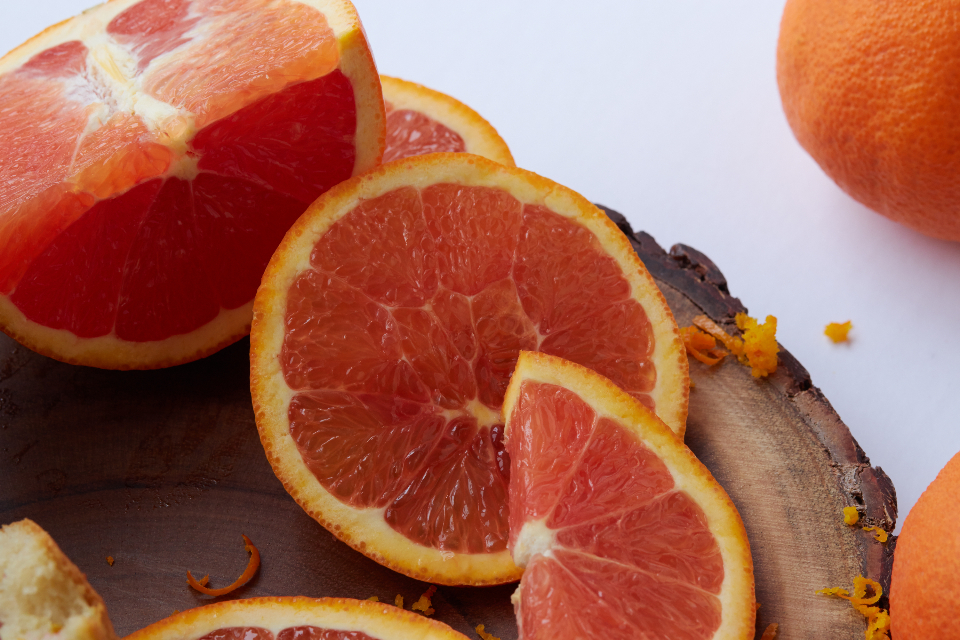sliced oranges fruit