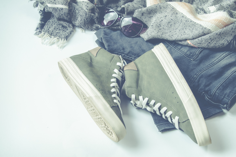 sneakers jeans scarf