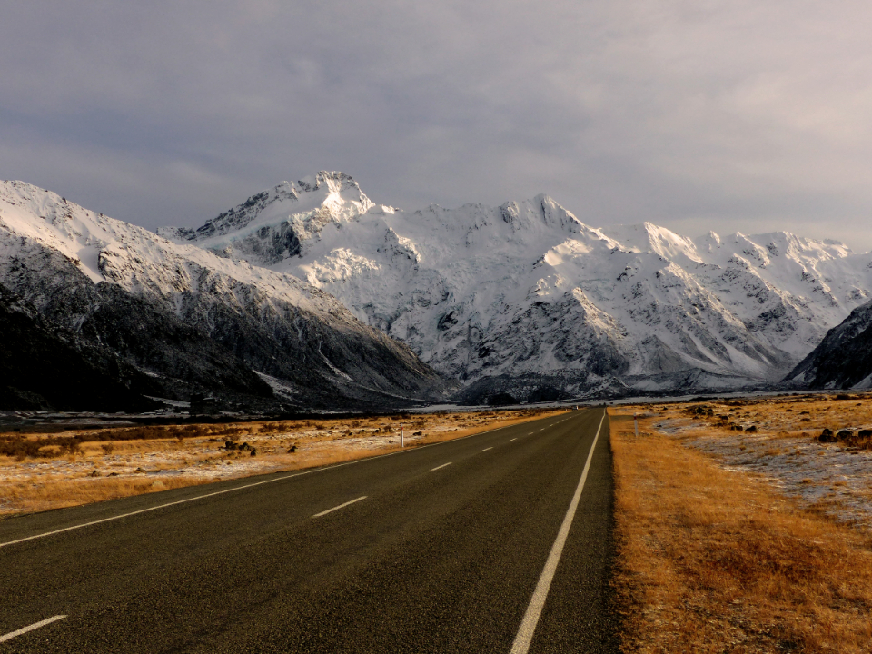 snowy mountains highway