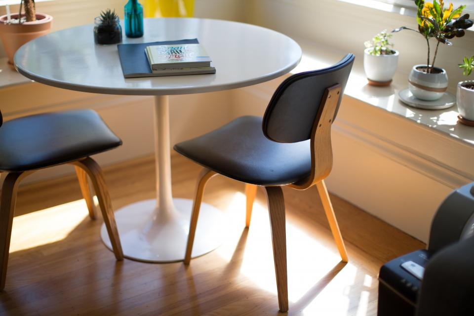 table chairs office