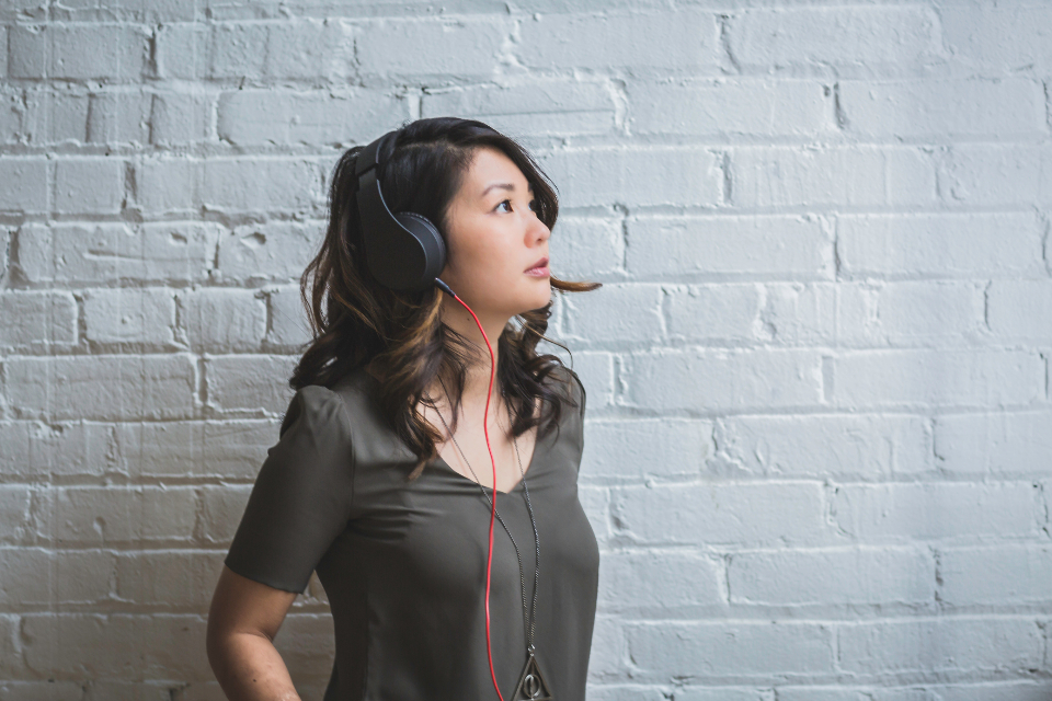 Free stock photo of woman listening