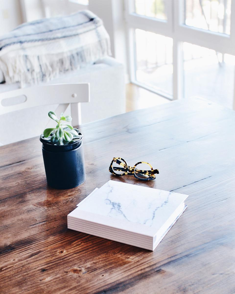 Free stock photo of wooden table