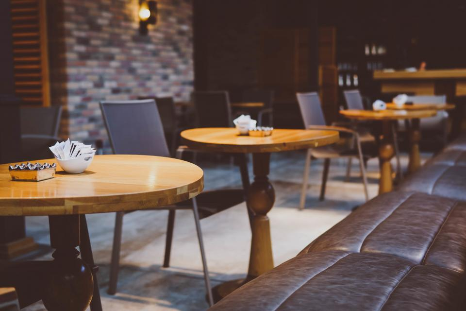 wooden table coffeehouse