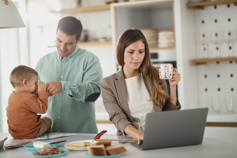 Free stock photo of working family